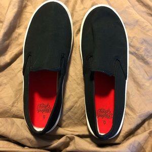 3/$10 Slip on sneakers black 6 big kid